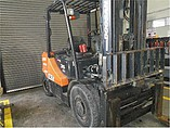 2010 DOOSAN D35S-5 Photo #2