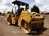 2013 CATERPILLAR CB54XW Photo #3