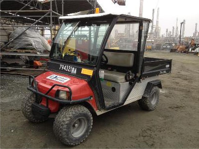 2010 CLUB CAR XRT900 W/CAB Photo