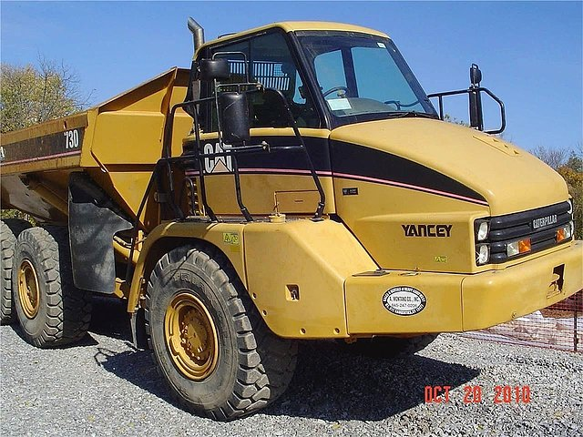 2006 CATERPILLAR 730 Photo