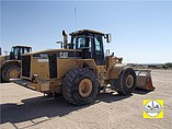 2005 CATERPILLAR 966G Photo #2