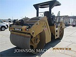 2011 CATERPILLAR CB54 Photo #3