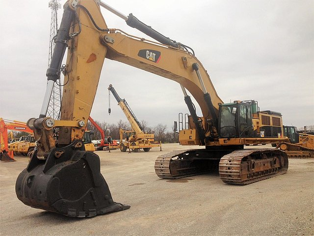 2011 CATERPILLAR 390DL Photo