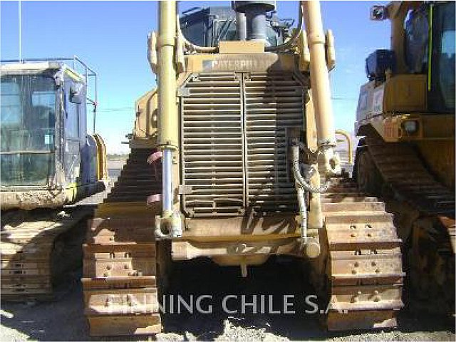2010 CATERPILLAR D8T Photo