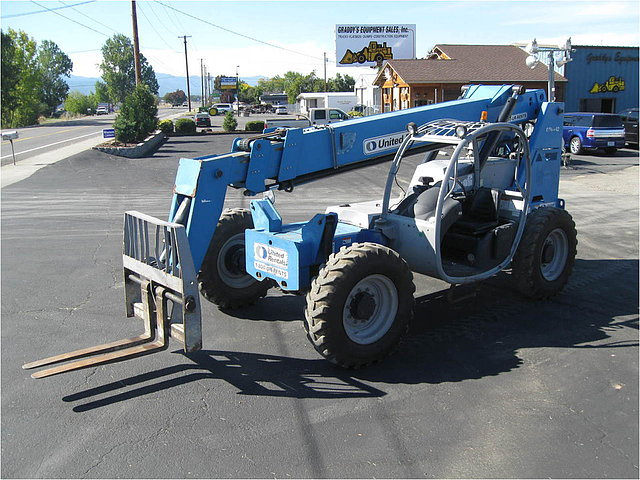 2006 GENIE GTH842 Photo