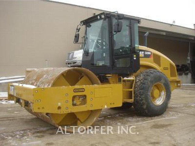 2012 CATERPILLAR CS56B Photo