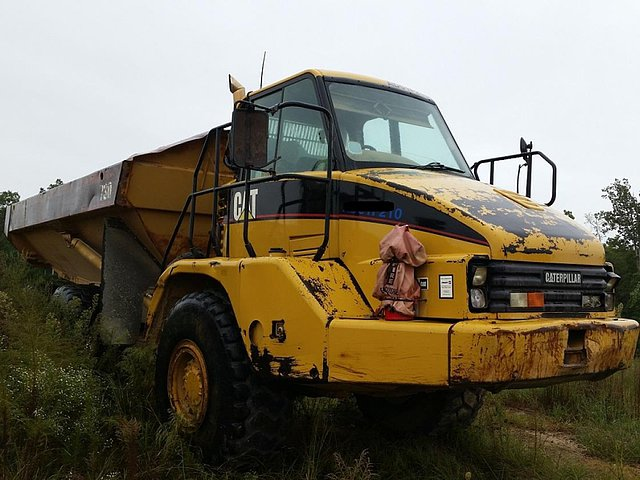 2001 CATERPILLAR 730 Photo